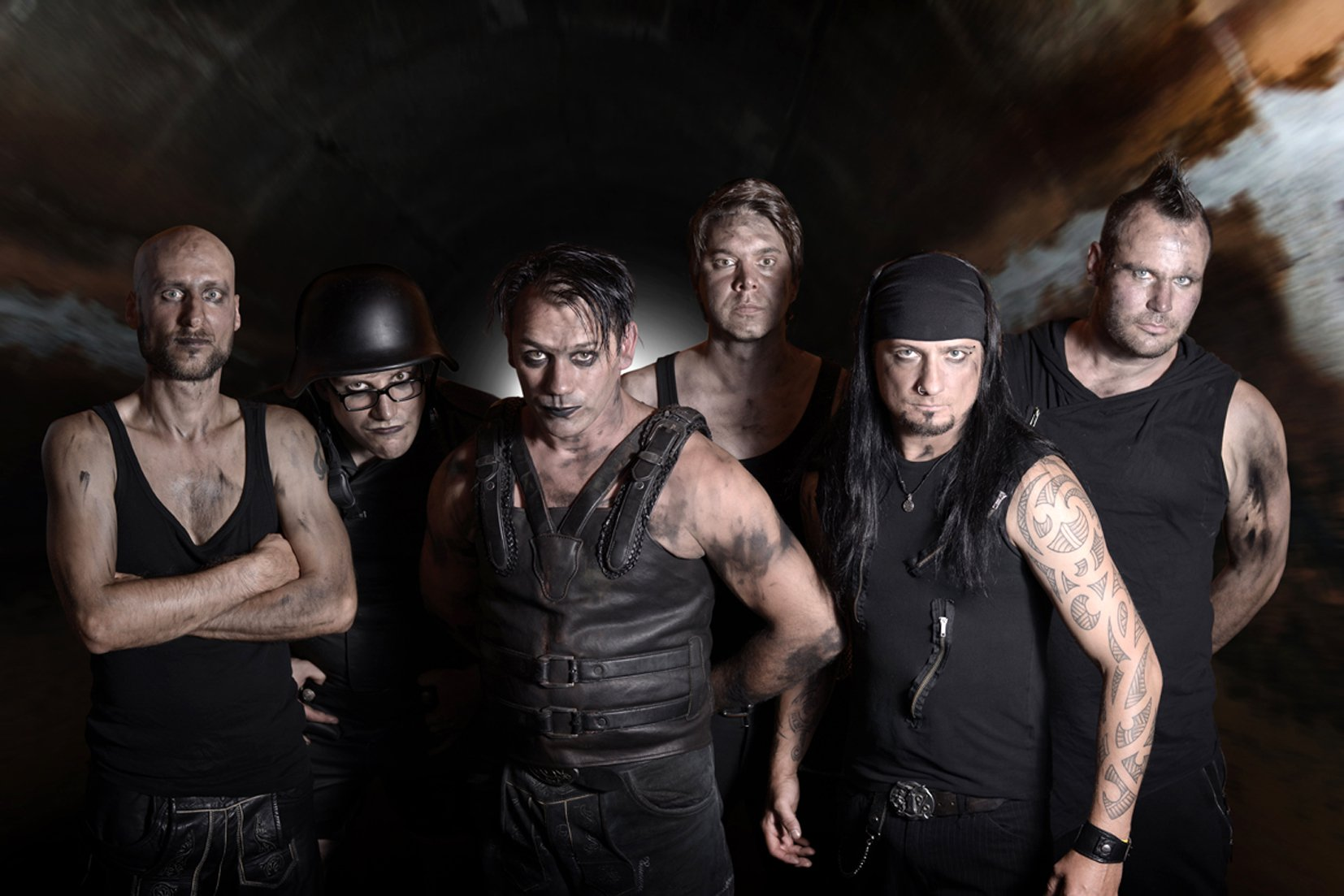 Völkerball - Rammstein-Cover-Band im Kaminwerk